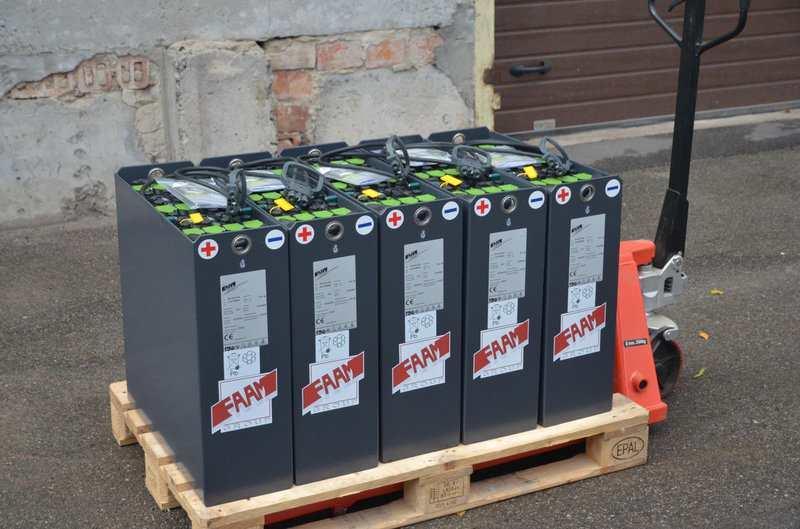Тяговые свинцово-кислотные аккумуляторные батареи - картинка 901532079 w640 h640 388481625 w800  pzs250 24v